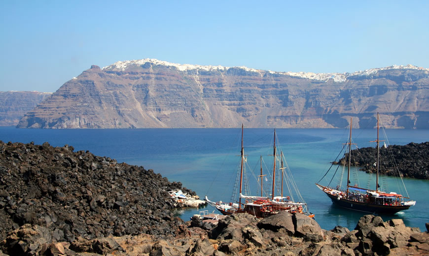 Plan your Own Tour in Santorini